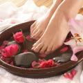 Ванночка для ног с эфирными маслами